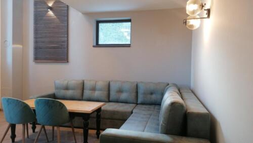 Apartment 04 (4-7 Persons)